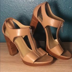 Michael Kors Berkley Cashew/Tan Heels